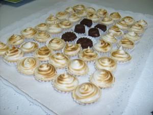 canape pastelitos pizetas banqueteria eventos fiestas bautizos