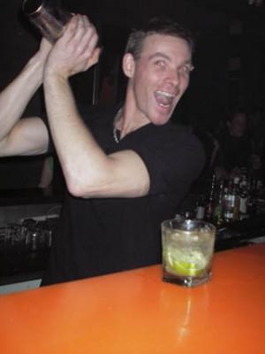 servicio de barman a domicilio 08-8291797 barmans profesionales a domicilio