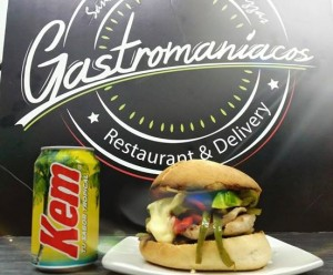 catering en san miguel gastromaníacos, sandwiches gourmet, empanadas.