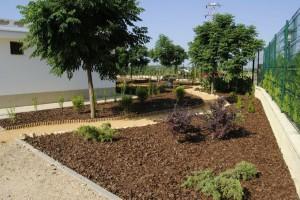 corteza de pino, tierra de hoja pura, jardineria