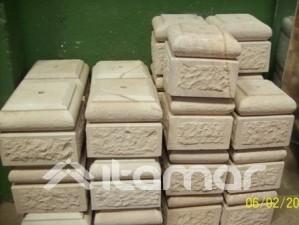 basas de piedra de pelequen para pilares de madera