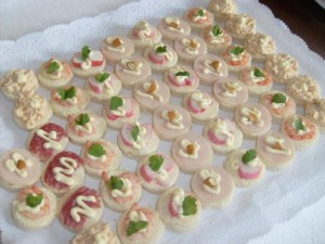 minipizzas empanaditas cebiches canapes pisco sour 986612378