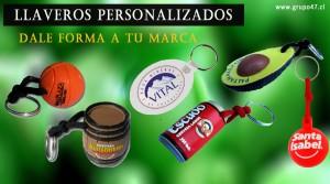 Llaveros personalizados de pvc a 2 o mas colores