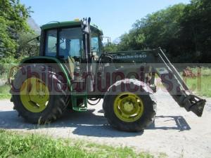 maquina agricola tarctor de tipo tractor de marca john deere