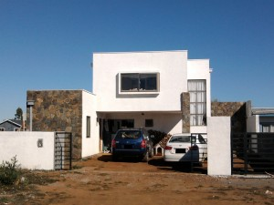Se vende casa moderna hermosa estilo mediterr nea 1 6 2011 for Casa moderna mediterranea
